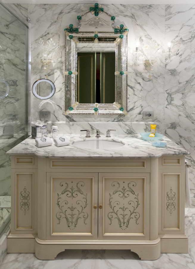 Floran stone projects rivestimenti e pavimenti in marmo calacatta ...