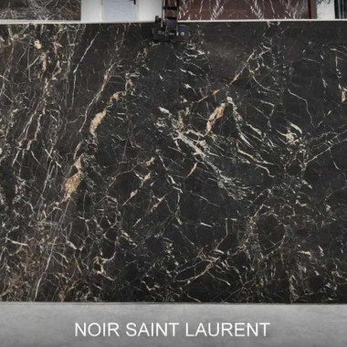 Noir Saint Laurent